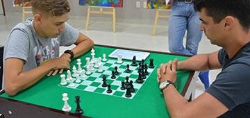 Biblioteca terá Clube de Xadrez para ensinar o jogo e para prática de jogadores intermediários